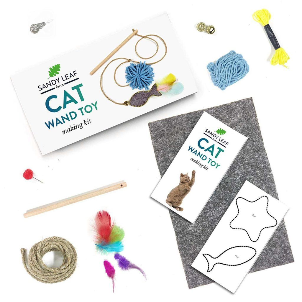 Cat Wand Making Toy by Sandy Leaf Farm